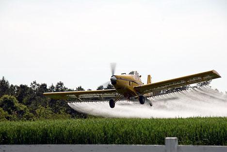 crop dusting plane_full